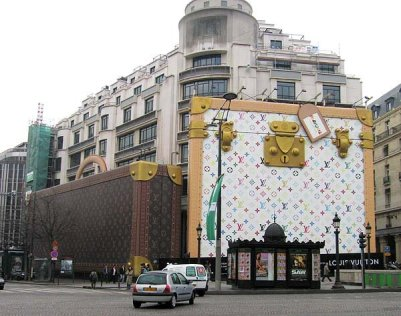 Was in 'awe' of these giant LV bags on the Champs-Élysées