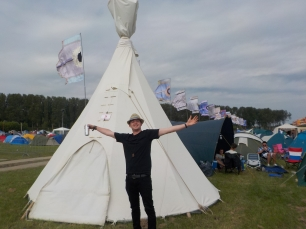 Eoin and his zen tipi